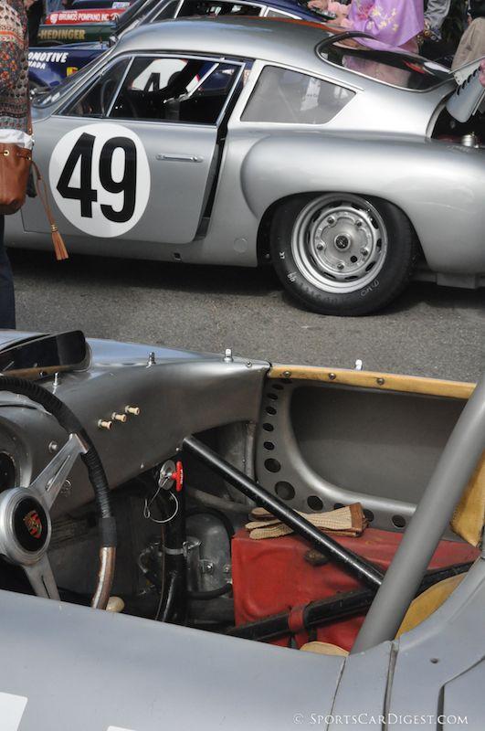 Ferrari 250 GTO on warm-up lap