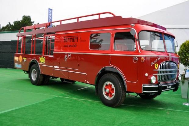 1959 Fiat Tipo 682/RN-2 Transporter