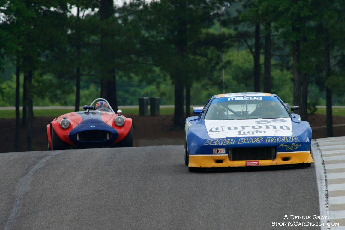 Geoffery Kniight's Mazda RX7 in Turn 15