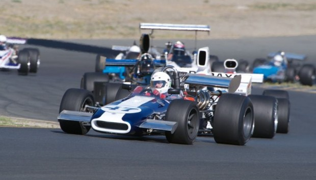F5000 cars lead by Steve Davis in his 1969 Eagle Mk5
