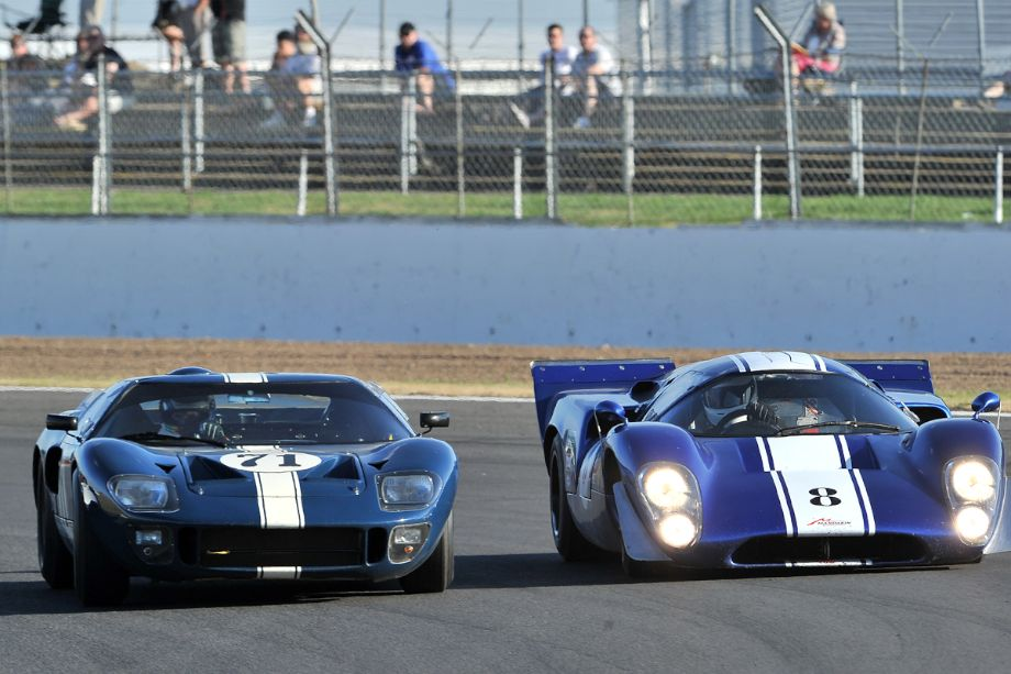 Ford GT40 and Lola T70 Mk3B
