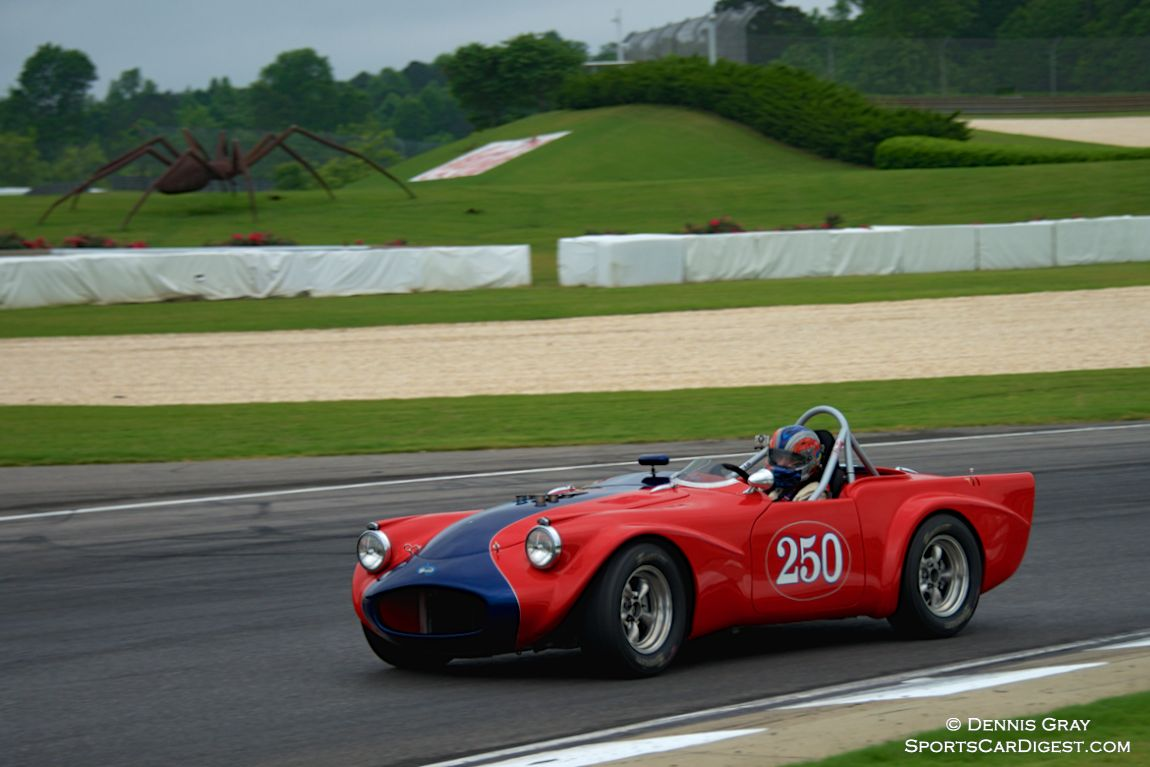 Daimler SP250 driven by Larry Ligas