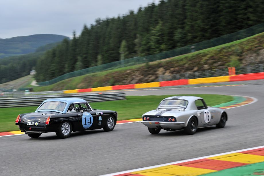MG B and Lotus Elan