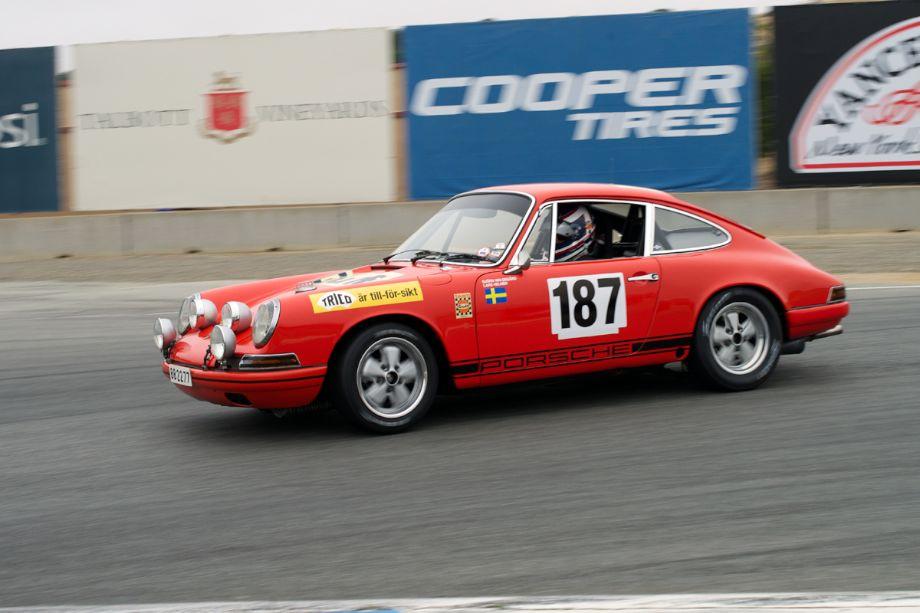 Dennis Singleton's 1968 Porsche 911 T/R in turn eleven.