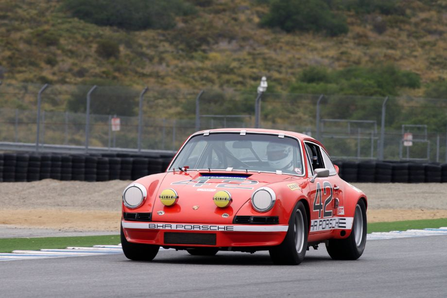 Kevin O'Callaghan's 1972 Porsche 911 on the main straight.