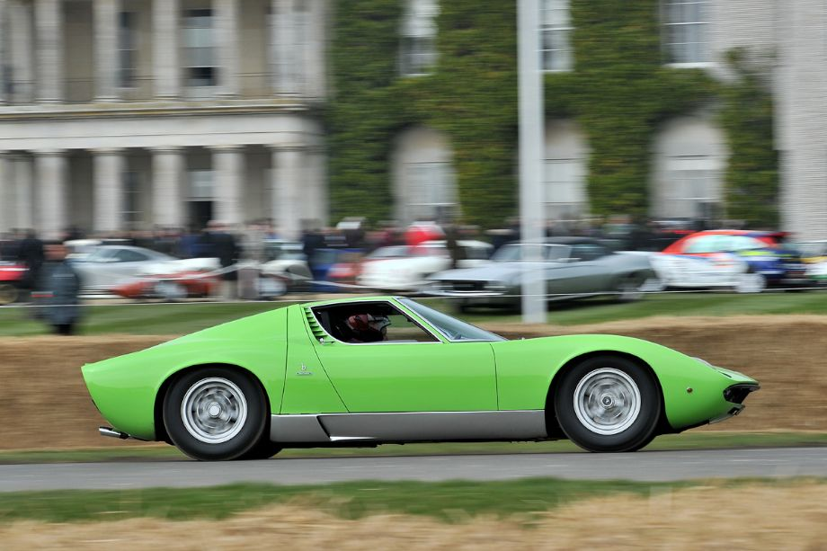 Unmistakable shape of the Lamborghini Miura