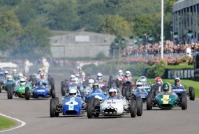 Start of Chichester Cup at Goodwood Revival 2010