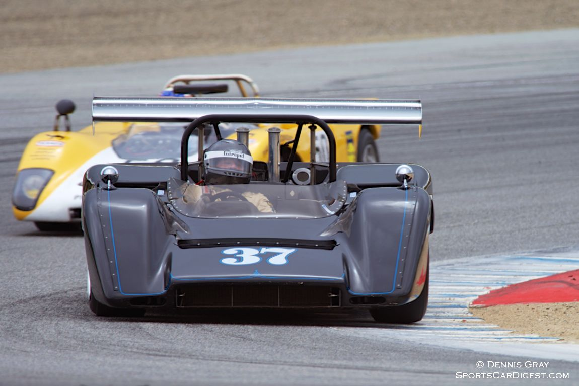 Nick Colonna's McLaren M8C in turn two Sunday.