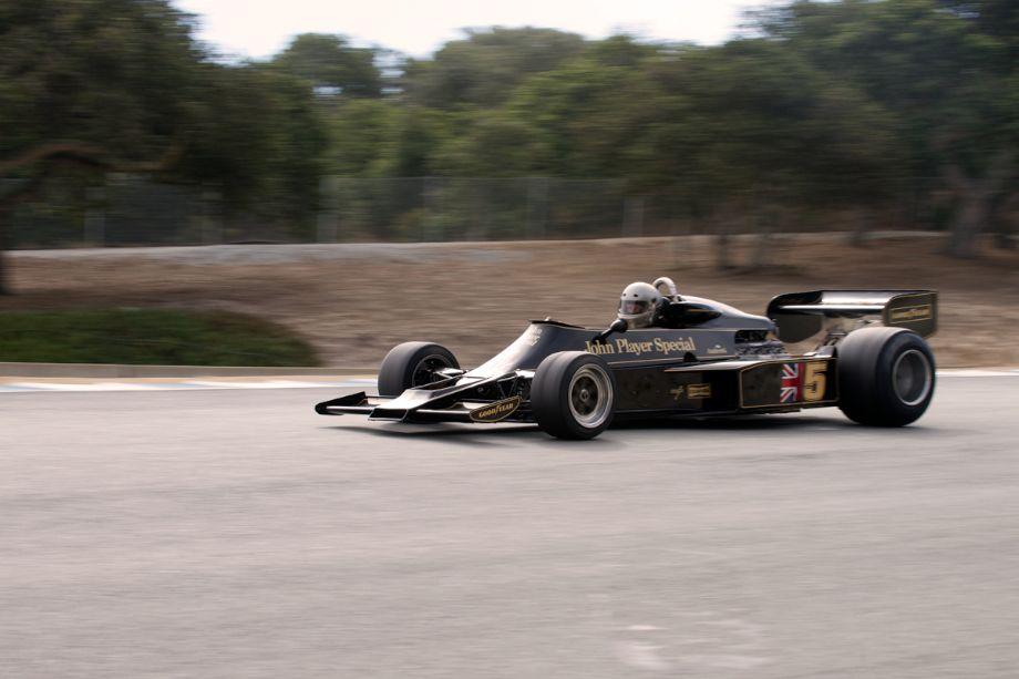 Chris Locke's Lotus 77 between turns eight and nine.