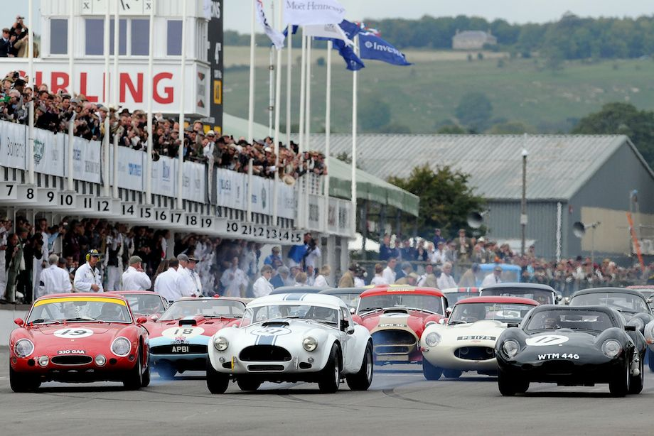 Start of the Royal Automobile Club Tourist Trophy Celebration at the 2010 Goodwood Revival