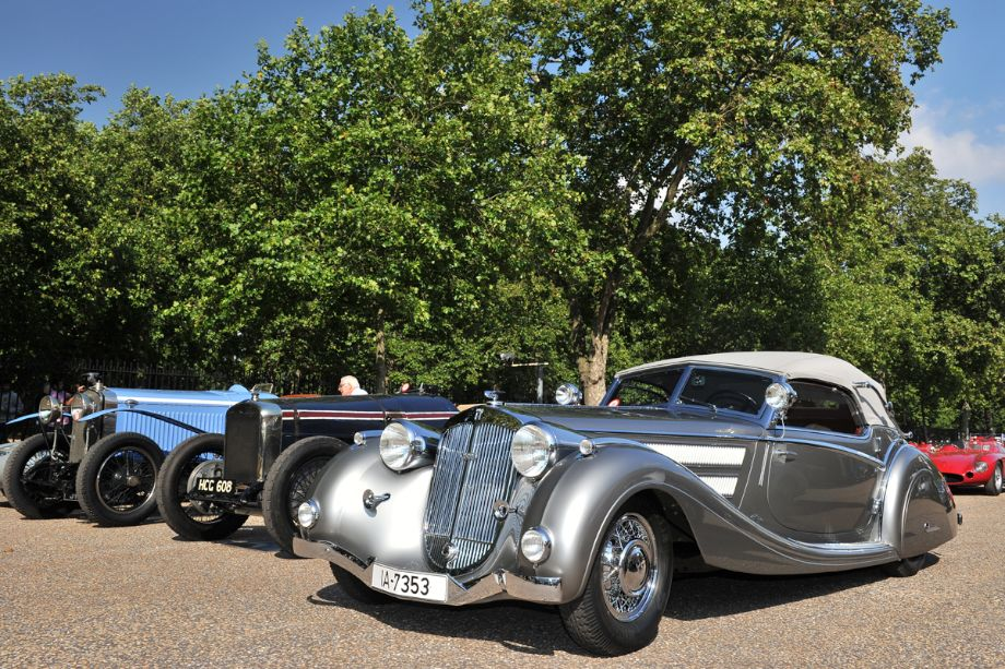 1937 Horch 853 Voll and Ruhrbeck Sport Cabriolet won Best of Show at the 2009 Pebble Beach Concours