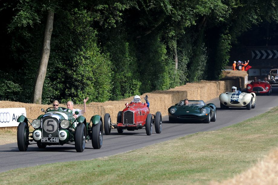 Le Mans Lagonda leads down hill