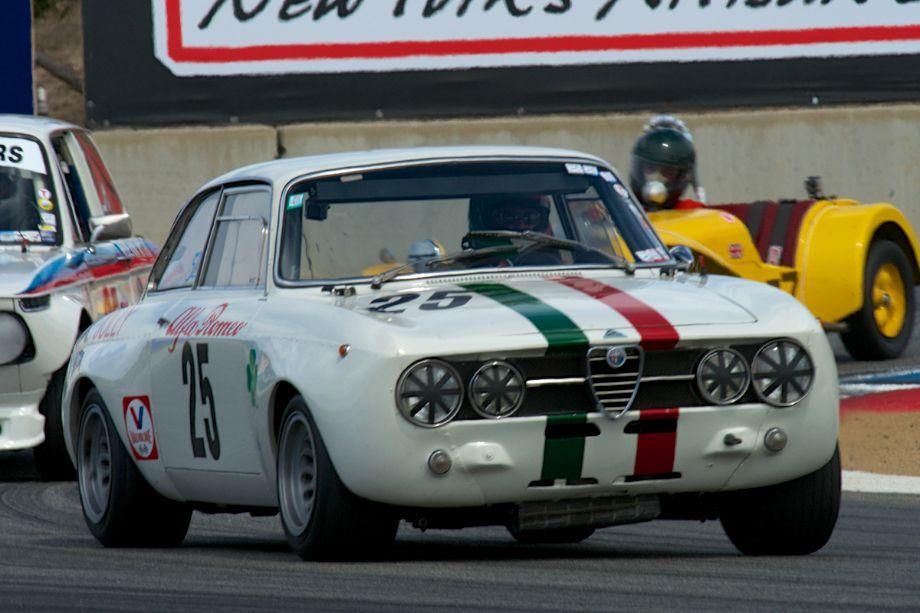 Alfa Romeo GTAm driven by Fred Della Noce in turn eleven Sunday.