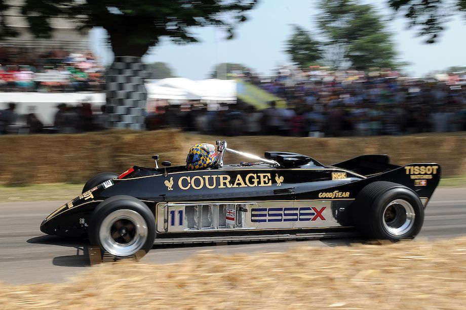 Twin Chassis Lotus-Cosworth 88B