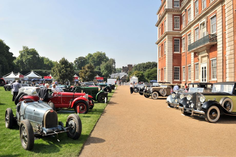 Bugatti Type 35B and others at the St. James's Concours of Elegance