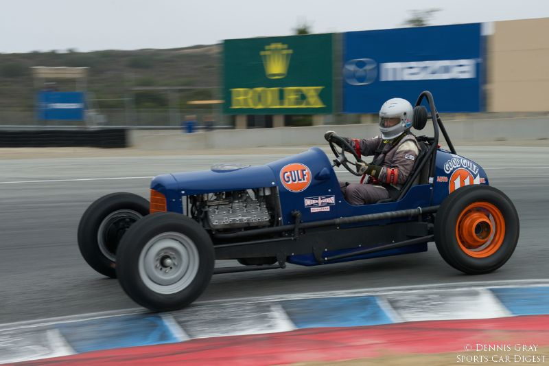 Max Jamiesson's 1935 Ford Sprint Car in turn eleven