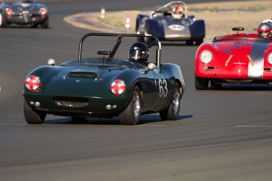1963 Elva Courier Mk.3 driven by Charles Turvey in ten.