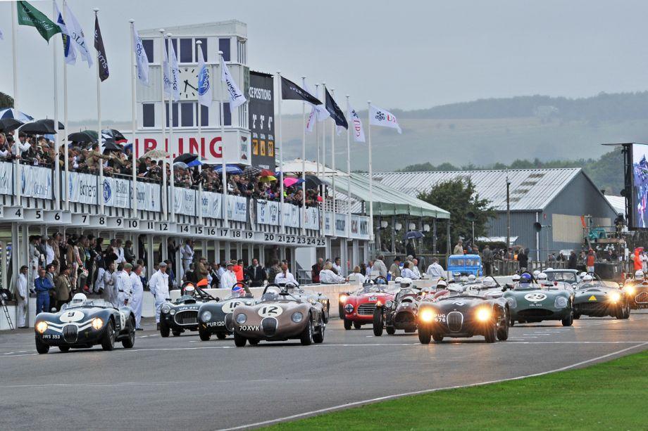 Start of the Freddie March Trophy Race