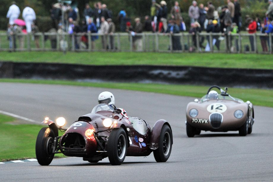 Cooper-Bristol Mk2 T24/5 and Jaguar C-Type put on quite a show during the first part of the race