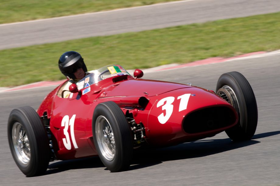 1953 Maserati 250F driven by Peter Giddings.