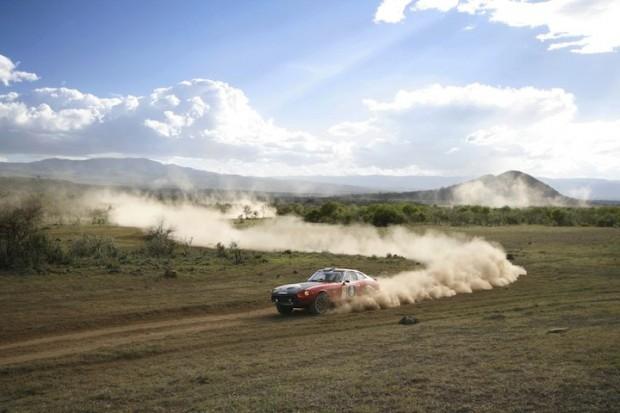 Datsun 260Z of Andrew Siddall kicks up dirt