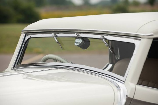 Delage D8S Roadster Windshield
