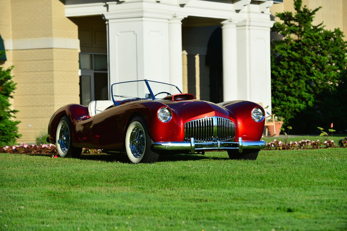1946 Glasspar G-2 Roadster.