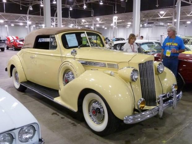 1939 Packard 120 Convertible