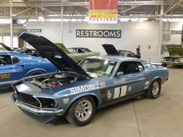 1969 Ford Mustang Boss 302 Race Car