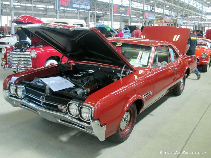 1966 Oldsmobile F-85 Cutlass 4-4-2 Club Coupe