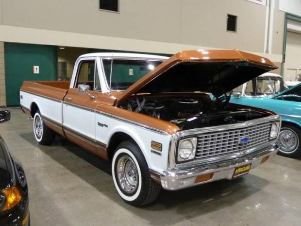 1972 Chevrolet C10 Custom Deluxe Pickup