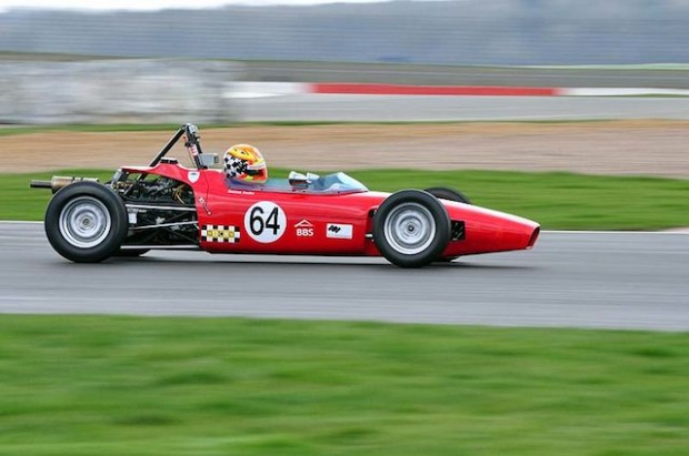 Formula Ford Winner Darren Burke driving his Macon MR8