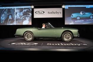 1960 Ferrari 400 Superamerica SWB Cabriolet sold for $6,380,000