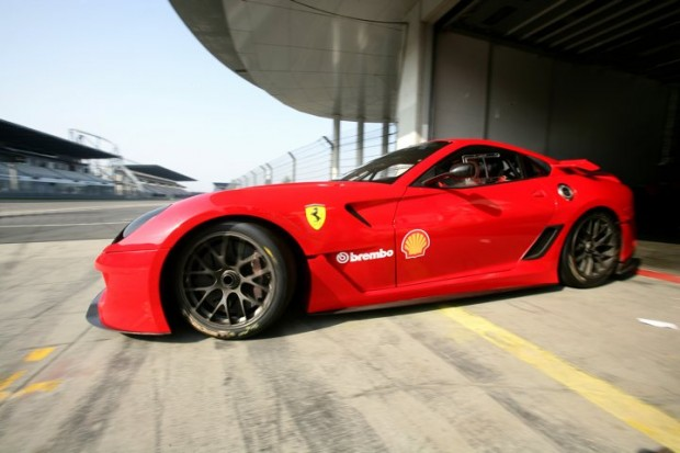 Ferrari 599XX at Nurburgring Pits