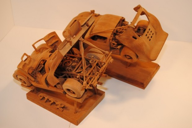 Porsche 917 and Ford GT40 Wood Carving Top