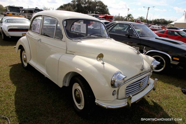 1961 Morris Minor 2-Dr. Sedan