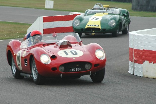 Barazi/Moseley Ferrari 246 Dino leads Bronson/Wenman Costin-bodied Lister-Jaguar; photo credit: Peter Brown