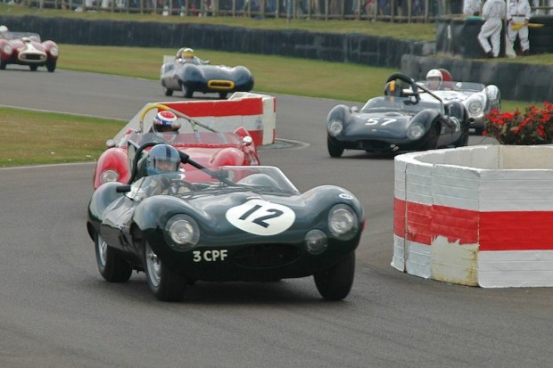 Franklin/Huni Jaguar D-Type powers out of chicance; photo credit: Peter Brown
