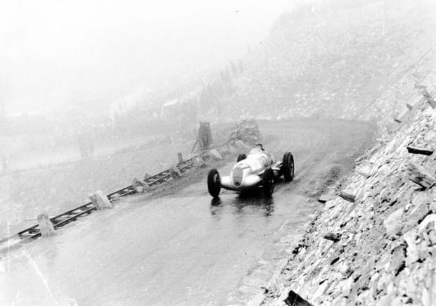 Mercedes W 125 Grossglockner Mountain Race von Brautisch.