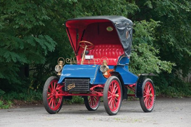 1904 Ford Model AC Runabout