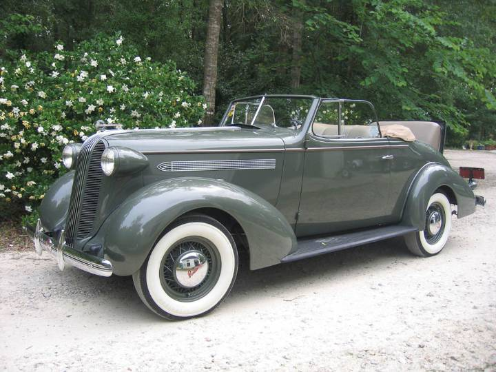 1936 Pontiac Deluxe Six - Information and photos - MOMENTcar
