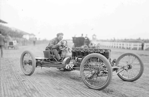Carl Fisher racing in Chicago