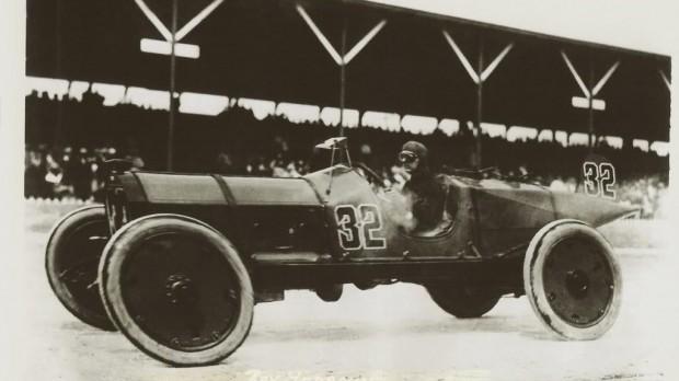 Ray Harroun wins the 1911 Indianapolis 500 on the Marmon Wasp