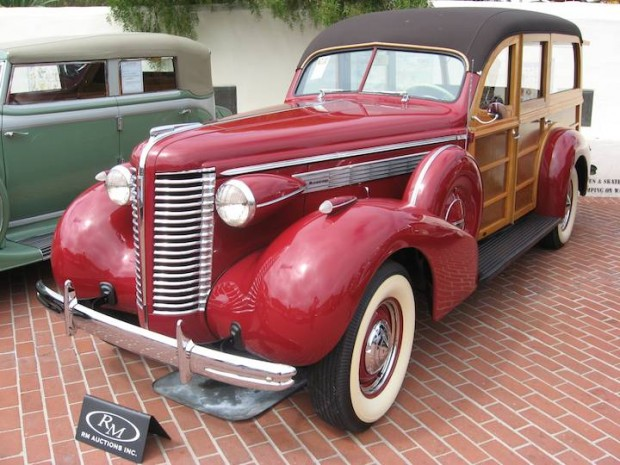 1938 Buick Century Estate Wagon, Body by Wildanger