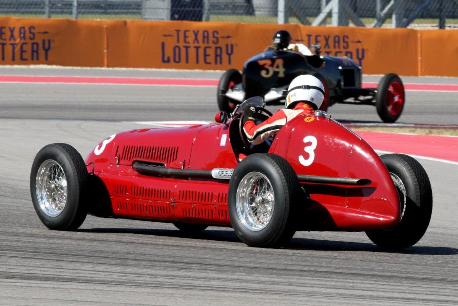 Paddins Dowling in his awesome 39 Maserati 4CL
