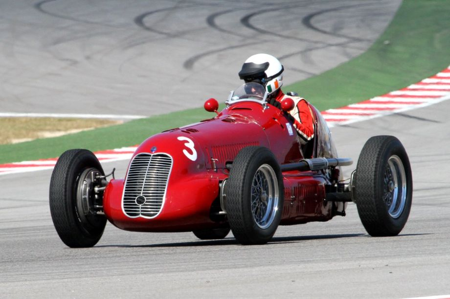 Paddins Dowling in his awesome 1939 Maserati 4CL