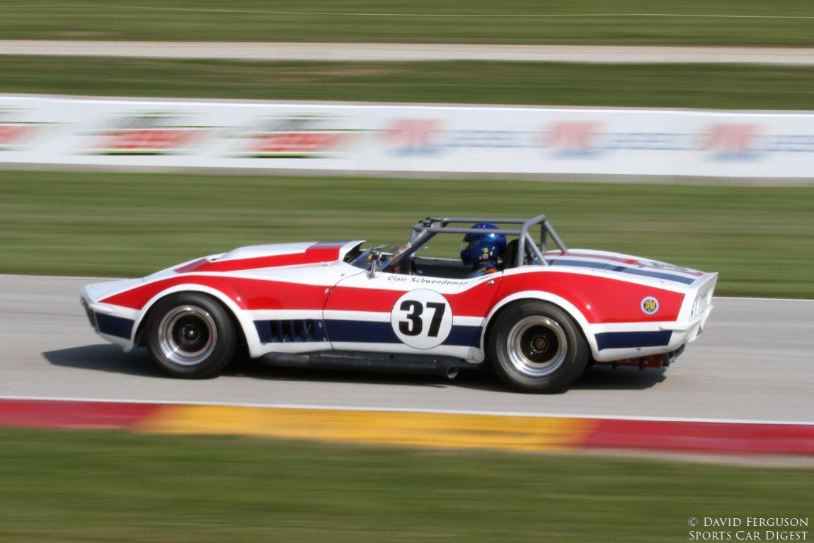 Clair Schwendeman, 68 Corvette