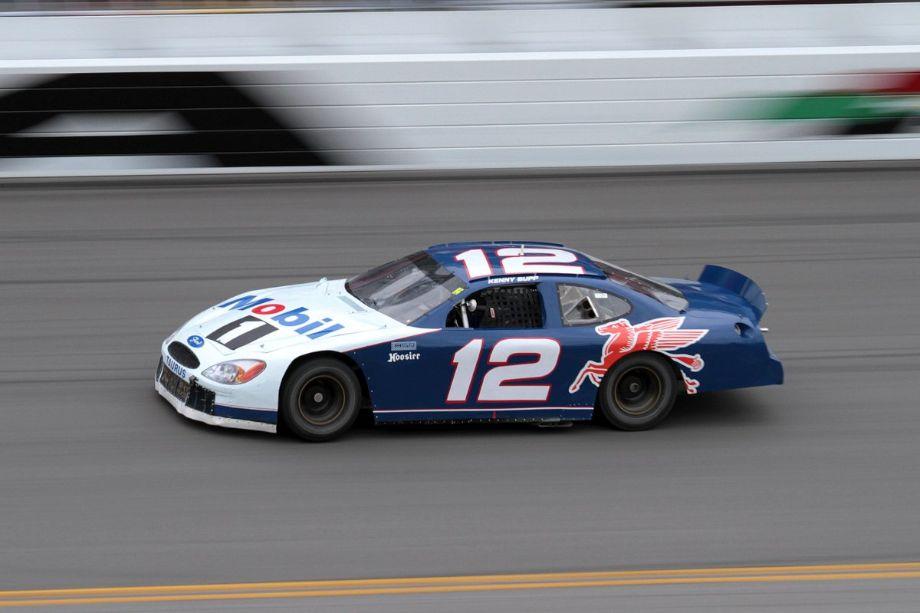 Kenny Bupp, 2000 Ford Taurus (NASCAR)