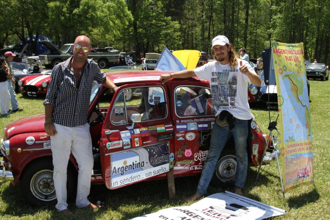 Santiago Uranga and Juan Manuel Rizzotti in front of the 64 Fiat 600 that they are driving from Argentina to Alaska.