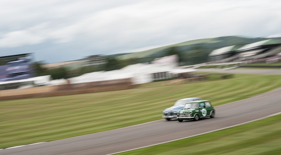 Morris Mini Cooper S and Jaguar MkII